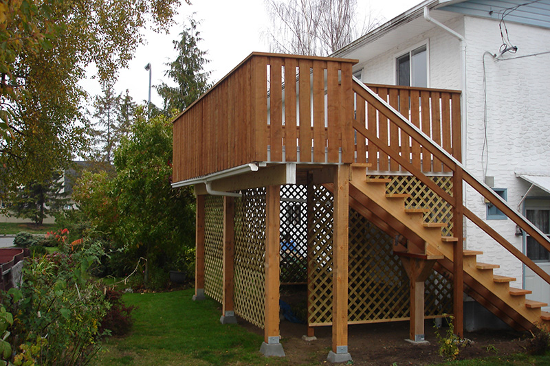 Deck by Arbor Renovations