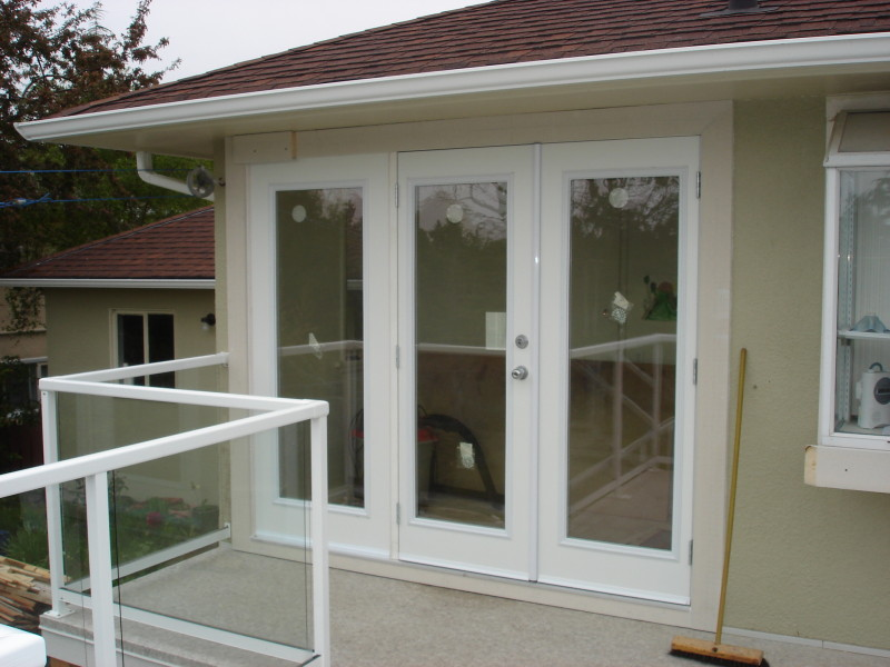 Picture of patio doors installation by Arbor Renovations